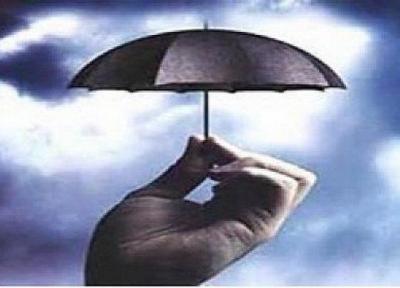 افزایش سود سپرده های بانکی به نفع بیمه ها است