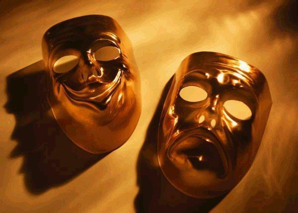 تفویض امور نظارتی در تئاتر غیرقانونی است