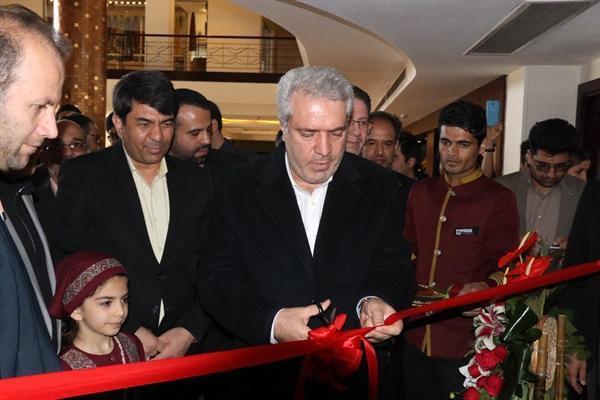 فاز دوم هتل ارگ در یزد با حضور دکتر مونسان به بهره برداری رسید
