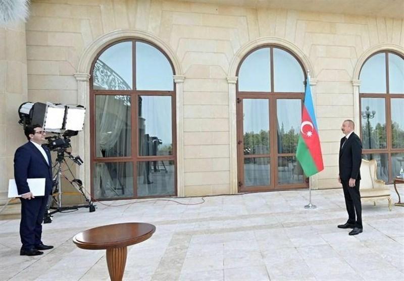موسوی استوارنامه خود را تقدیم رئیس جمهور آذربایجان کرد