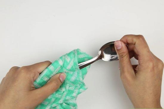 تمیز کردن وسایل استیل به راحتی آب خوردن